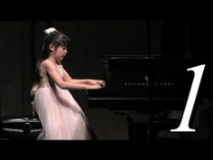 ▶ Mozart Piano Concerto No 23, Mvt 1 - YouTube