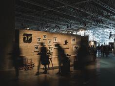 Habitare messuosasto 2015 Messujen parhaan osaston palkinto. Jyryn perustelut; Osasto esittelee Teemu Järven taidegrafiikkaa ja tuotteita tekijänsä näköisesti. Luonnonläheinen ja tyylikkäästi minimalistinen osasto on keskittynyt olennaiseen aivan kuten Järven työtkin.  Kuva: Unto Rautio