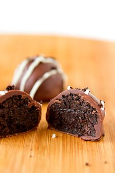 Oreo Truffles  - 4 ingredients. Oreos, cream cheese, chocolate chips & butter