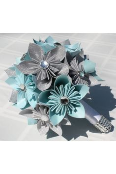 These are so cute oragami bridal bouquets