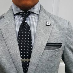 Grey jacket & dots. #winter #Elegance #Fashion #Menfashion #Menstyle #Luxury #Dapper #Class #Sartorial #Style #Lookcool #Trendy #Bespoke #Dandy #Classy #Awesome #Amazing #Tailoring #Stylishmen #Gentlemanstyle #Gent #Outfit #TimelessElegance #Charming #Apparel #Clothing #Elegant #Instafashion
