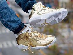 Air Jordan 6 'Metallic Gold'