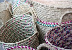 Palm weaving basketry. Cestaria em Empreita.