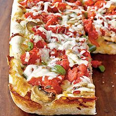 A healthy spin on Chicago Deep-Dish Pizza? Yes please.