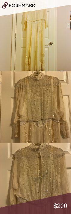 Vintage wedding dress Of white vintage gown with bead work, 100% silk Lillie Rubin Dresses Wedding