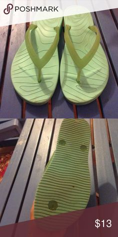 Ocean Minded Malia II Flip-Flops Good condition  Made by croc Super comfortable CROCS Shoes Sandals