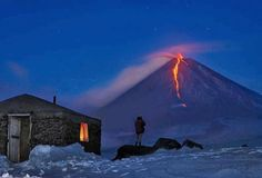 To see a volcano errupt someday. On this pic: Kliuchevskoi Volcano, Russia Volcan Eruption, Cool Pictures, Cool Photos, Amazing Photos, Snowy Pictures, Beautiful Pictures, Outdoor Pictures, Random Pictures, Beautiful Scenery
