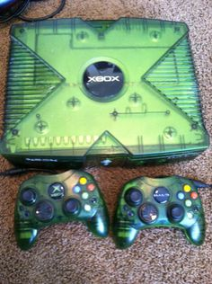 Selling Xbox Special Edition Halo Console Controller 38 Installed Games