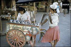 Philippines 1958 by Marc Riboud Marc Riboud, Philippines Culture, Manila Philippines, Filipino Tribal Tattoos, Samoan Tribal, Masamune Shirow, Filipino Culture, Hawaiian Tribal, Hawaiian Tattoo