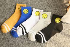 5 pair/lot   Sports socks Cute Cartoon Smile Print Toe Socks cartoon cotton Socks female cotton funny socks. Yesterday's price: US $10.00 (8.16 EUR). Today's price: US $4.90 (4.05 EUR). Discount: 51%.
