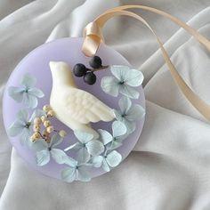 * bird fragrance candle 大豆ワックスのとりさんを アレンジしました。 10×10cm 丸型 フレッシュシトラスの香り…