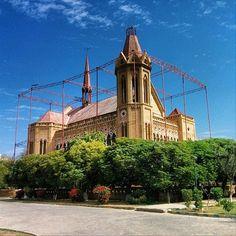 Frere Hall in Karachi. Photo by @adeeliqbal_92