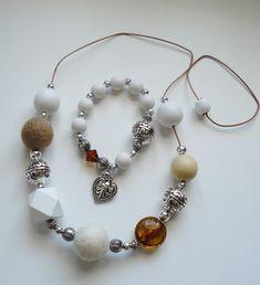 Juttuja Joenpenkalta Pearl Earrings, Drop Earrings, Pearls, Jewelry, Fashion, Moda, Pearl Studs, Jewlery, Bijoux