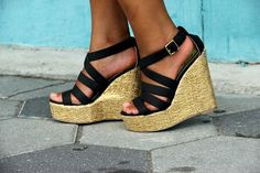 summer wedges <3
