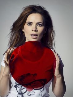 Hayley Atwell seems to shine whatever she's in, and this Red Nose Day tee proves no exception! Actress Hayley Atwell, Red Nose Day, Agent Carter, Stella Mccartney, Actresses, Celebrities, Tees, People, Beautiful