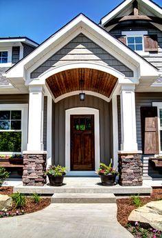 Ideas For Exterior Front Entrance Decor Craftsman Style Br House, House Front, Craftsman Exterior, Craftsman Style, Craftsman Porch, Craftsman Columns, Exterior House Colors, Exterior Design, Exterior Paint