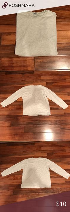 Old Navy long sleeve shirt Size L. Light heather grey. 100% cotton. EUC. Feel free to ask me any questions😊 Old Navy Shirts Tees - Long Sleeve