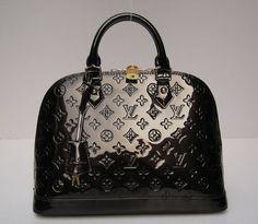 LV    I love this bag!
