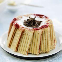 Mini Desserts, French Desserts, Dessert Recipes, Mini Charlotte, Desserts Around The World, French Silk Pie, Dessert Aux Fruits, No Bake Cake, I Foods