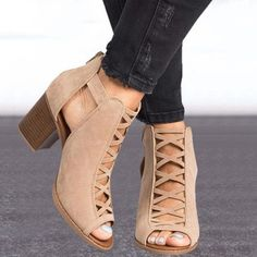 2020 Fashion Sexy Fish Mouth Hollow Roman Sandals Thick with Beaded Hi – Amozae Chunky Heel Shoes, Ankle Shoes, Chunky Sandals, Womens Summer Shoes, Womens High Heels, Thick Heels, Gladiator Sandals, Heeled Sandals, Women's Heels