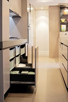 Give up on cupboards, try using drawers instead, at our South Melbourne project. Interior carcass in Laminex 'Carbon'