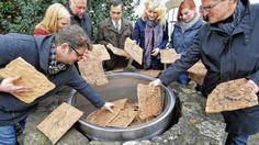 Mahnmal zur Erinnerung an polnischen Zwangsarbeiter vor dem Haus Bissendorf