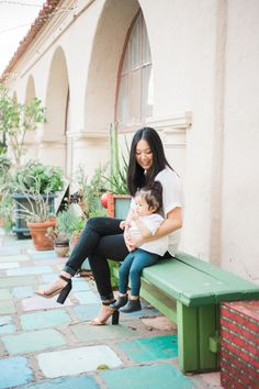 Colorful and fun mother daughter photos // Spanish Village Art Center, Balboa Park // San Diego family photos by Hannah Mann