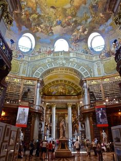 Austrian National Library, Vienna, Austria Beautiful Library, Dream Library, Old Libraries, Public Libraries, Amazing Architecture, Architecture Details, Library Bookshelves, Bookcases, An American In Paris