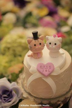 Lovely cat and kitty Wedding Cake Topper  #wedding cake #kitten