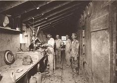 Inside Red Wing in Minnesota during the late 1800's, cool picture! Red Wing Minnesota, Pottery Place, Red Wing Pottery, Ceramic Tools, Beer Signs, Local History, Factories, Antique Stores, Classic Toys