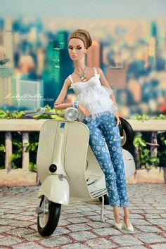 Poppy Parker & her scooter