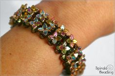 Spirala beading: Fortune Bracelet using dragon scale beads