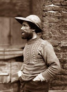 Whitby Fisherman : photo by Frank Meadow Sutcliffe Beard Hat, Fisherman's Hat, Vintage Photographs, Vintage Photos, Cultura Judaica, Into The West, Guernsey, Vintage Knitting, Thing 1