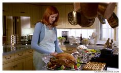 Desperate Housewives House, Bree Van De Kamp, Marcia Cross, Sem Internet, Style Guides, Dinner, Food, Voici, Actresses