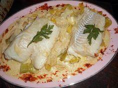 Cod back on leeks fondue Best Cod Recipes, Fish Recipes, Meat Recipes, Seafood Recipes, Crema Fresca, Good Food, Yummy Food, Fish Dishes, Fish And Seafood