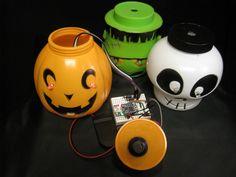Trinket / Gemma Blinky Eyes Tutorial:   Spook up your Halloween item with Blinky Eyes