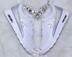 Nike Air Max Thea gemacht mit SWAROVSKI ® von CrystallizedKicks
