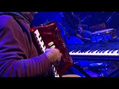 Milladoiro_en_concerto - #Galicia España #Celta - YouTube
