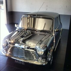 this was #davidbowie's #mini. ziggy definitely did lines of #stardust off the hood. #MINIunited2012