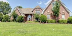 Amazing 5BR/3BA Home in Quiet Bartlett Neighborhood ~ Home Features Formal Dining Room   Large Great Room w/Fireplace ~ Huge Eat-In Kitchen w/ Island