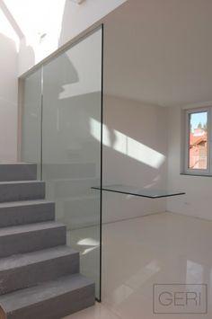 Sklenené bez rámové zábradlie zábrana proti prepadnutiu pri schodoch