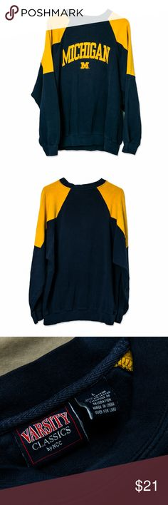 """Vintage Michigan Varsity Crewneck Sweatshirt Condition: 6/10 (General Wear & Tear)   Measurements: 19"""" Chest 