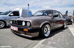 BMW E30~325i