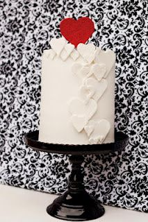 Cute and Simple Valentine Cake