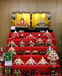 Hinamatsuri, or Doll's Festival, is a Japanese holiday held annually on March 3rd. This is a day to pray for young girl's growth and happiness. #hinamatsuri #dollfestival #March Spring #Japan #travel #guide  #TheRealJapan #Japanese #howtotravel #vacation #trip #explore #adventure  #traveltips #traveldeeper www.therealjapan.com