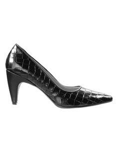 Pumps aus echtem Leder mit Kroko-Prägung und hohem Absatz. #madeleinefashion Ballerinas, Pumps, Kitten Heels, Boots, Accessories, Shoe, Fashion, Latest Shoes, Shoes Online