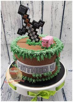 #minecraft #minecraftcake #buttercreamminecraftcake #cakeforboy #edibleprint #minecraftpigtopper