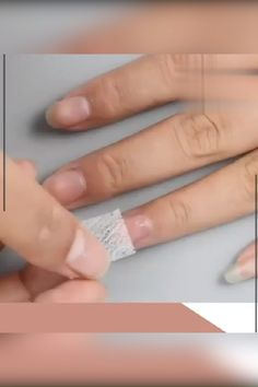 Nail Extension Silk Fiberglass easily extends your nails by transforming ultra light silk fiberglass to durable but flex Diy Vernis, Repair Broken Nail, Nail Repair, Silk Nails, Fiberglass Nails, Diy Acrylic Nails, Acrylic On Natural Nails, Diy Gel Nails, Clear Acrylic