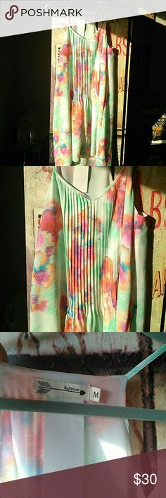 Buddy Love Elle Lily Pad Watercolor dress M NWT NWT ....stunning dress ...fully lined ...beautiful detailing ....reminds me of Lily Pulitzer ....wish it fitted me !!! Gorgeous colors of Mint , orange and Pink ...prettier in person and on ...tagged Lily Pulitzer for exposure Lily Pulitzer Dresses High Low