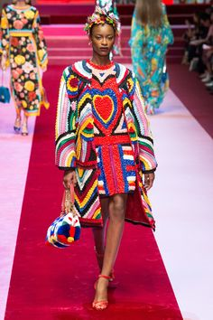 Dolce & Gabbana Spring 2018 Ready-to-Wear Fashion Show - Mayowa Nicholas